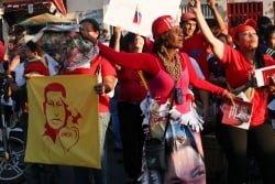 Supporters of Chavez outside the hospital on 18 February. Photo: chavezcandanga