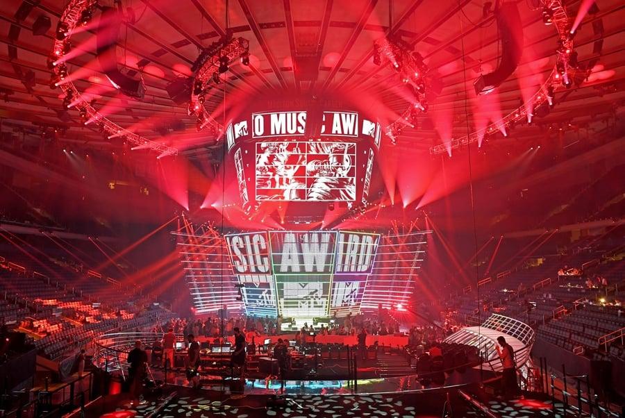 stage VMAs
