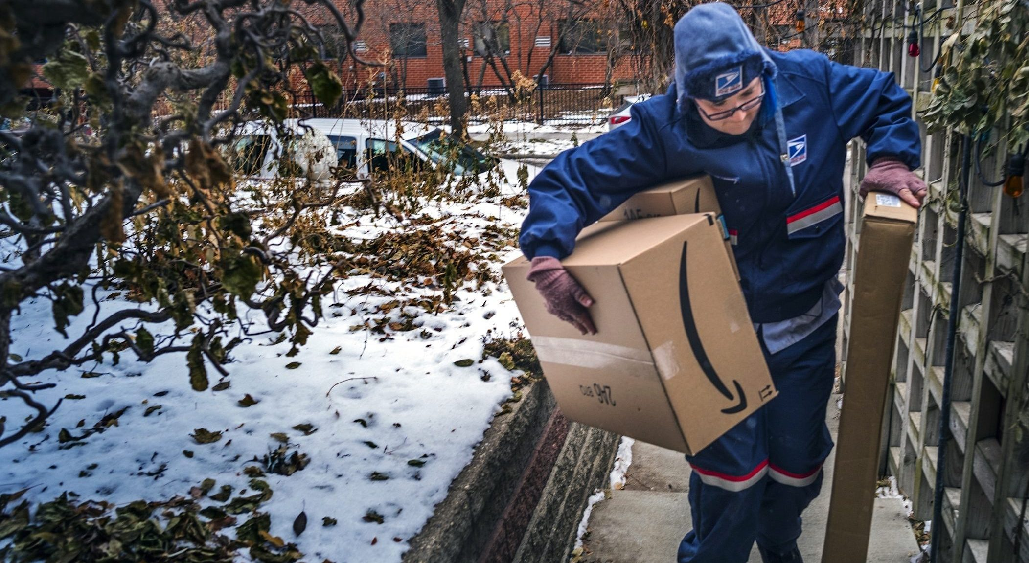 USPS delivery worker